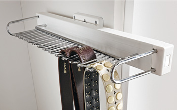 Tie and belt rack, single extension, for screw fixing to cabinet side panel